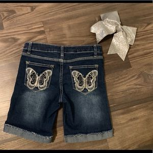 Girls Jean Shorts 12, Butterfly Bling on Pocket